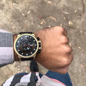 Reloj Dorado De Calavera Negra En Acero Inoxidable