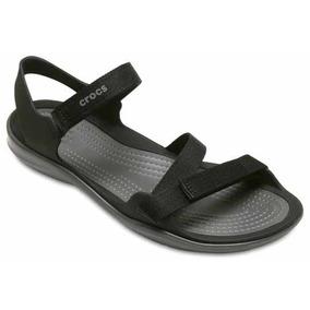 Sandalia Crocs Dama Swiftwater Webbing Sandal Negro