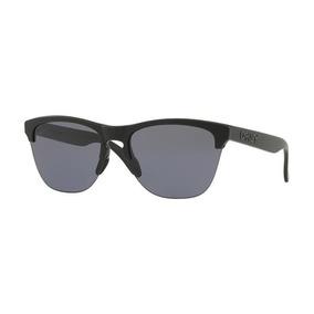 Oculos Masculino Oakley - Óculos De Sol Oakley em Minas Gerais no ... 6e02895f80
