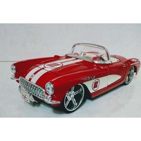 Lindo Chevrolet Corvette 1957 - N° 01510 -