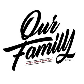 Remera Our Family Merch