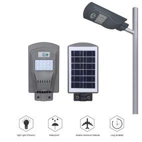 Refletor Luminaria Publica Poste Solar Led 20w C Sensor