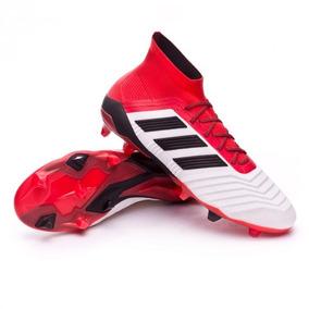 b2f5c4ef02 Chuteira Adidas Predator 18.1 Control - Chuteiras no Mercado Livre ...