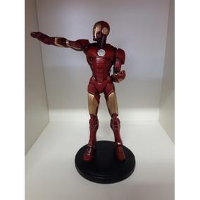 104d3c85467 Homem De Ferro Em Resina Super Herois Marvel - Bonecos e Figuras de ...