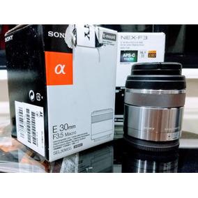 Lente Sony E-mount 30mm F3.5 Macro