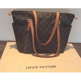 5fd98fb9c Bolsas Louis Vuitton de Outros Materiais Femininas em Paraná no ...