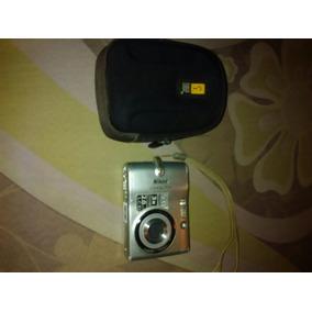 Camara Digital Nikon Coolpix 5.0 Megapixels