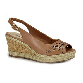 67d7dae93 Sandalia Anabela Bottero Feminino Sandalias - Sapatos no Mercado Livre  Brasil