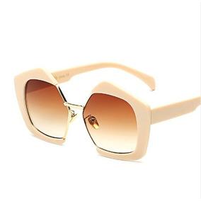 a07bdb2957dd7 Óculos De Sol Feminino Bege Com Dourado Lente Marrom 18 - Óculos no ...