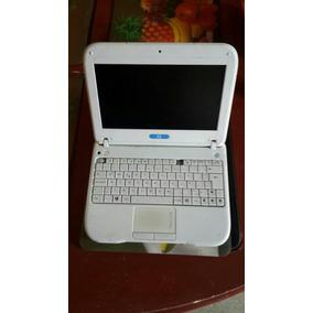 Laptop Lenovo Ca- Na-i- Ma Letras Azules