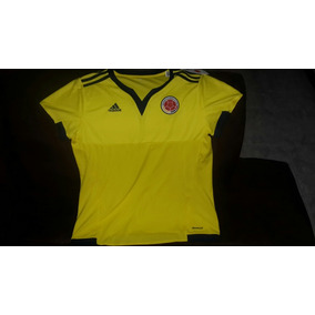 Ropa Deportiva Fútbol Mujer en Mercado Libre Colombia 8f77b821b801d