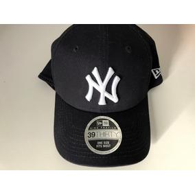 Bone New York Yankees Azul Marinho - Bonés New Era para Masculino no ... f5e662fce1bf2