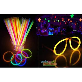 24 Peças Oculos Rayban Neon Festa Carnaval. 5 vendidos - São Paulo · Kit  Com 10 Óculos De Neon Tipo Raiban E 50 Pulseiras 976a016e8a