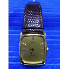 Reloj Citizen Cuadrado Modelo Exceed 7903-784755 Ka