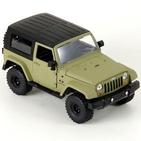 Miniatura Em Metal - 1:24 - Jeep Wrangler 2007 Hard Top - Ve