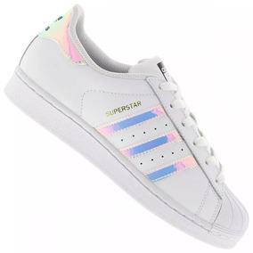 Tênis Adidas Holográfico Feminino - Tênis para Feminino no Mercado ... de877d32aa44