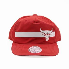 Bone Aba Reta Chicago Bulls - Bonés para Masculino no Mercado Livre ... 1271a7ddd94
