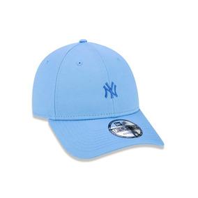 Bone New York Yankees Azul Claro - Bonés para Masculino no Mercado ... deec3a7e668
