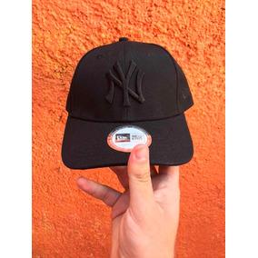 6a2c15557a371 Gorras Negras - Gorras 9TWENTY de Hombre en Mercado Libre México