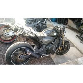 Sucata De Moto Pista Burnout Stunt Peça Honda Hornet600 2012