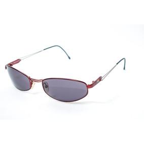 Oculos De Sol Esportivo Pequeno Classico Benetton Formula 1 · R  79 99 6c9d3c91b1