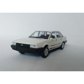 Volkswagen Santana 1989 Miniatura Antiga 1:38