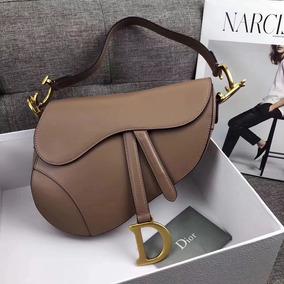 d3a3d38dbe7 Bolsa Christian Dior Saddle Feminina Couro Nova Coleção