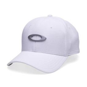 Oakley Bone Tincan Preto E Branco - Calçados, Roupas e Bolsas no ... fab492b03c