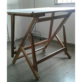 Mesa De Dibujo Tecnico Arquitectura. Tablero De Dibujo