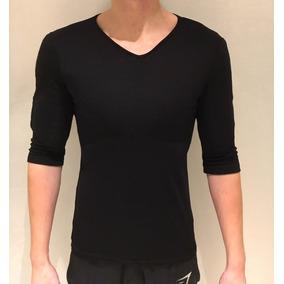 Camiseta Masculina Com Enchimento Para Musculos Gola V. 2 cores dd6bb7ff8cd