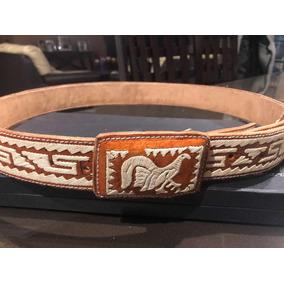 Cinturón Bordado De Piel Talla 46