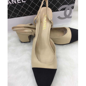 738ba2b019a Sapatilha Bicolor Estilo Chanel - Sapatos no Mercado Livre Brasil