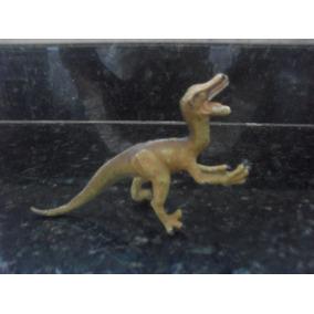 Descobrindo O Mundo Dos Dinossauros - Utahraptor Salvat