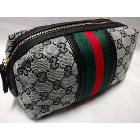 Necessaire Gucci Preço - Calçados, Roupas e Bolsas no Mercado Livre ... 642765f958