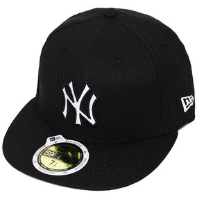 Boné New Era Aba Reta Fechado Mlb Ny Yankees Diamond Reflect 9ba6025957a