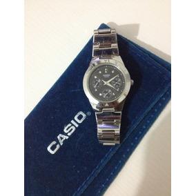 9108803d15b Relogio Feminino Redondo Dourado E Casio - Relógios De Pulso no ...