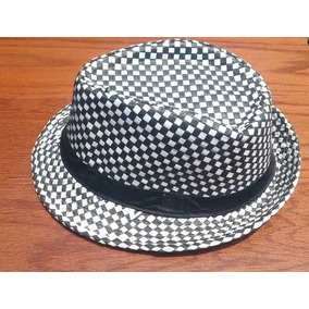 Sombrero Blanco Con Negro Unitalla.