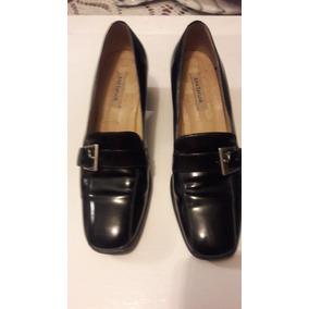 Zapatos Cuero Patente Para Dama Tipo Mocasín Talla 39 Usado. Bs. 45.000 4b5a29debccf