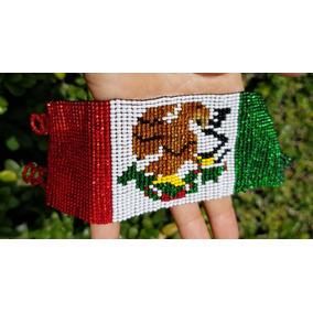 51fb6f7015f7 Pulsera Chaquira Bandera Arte Huichol Artesania Mexicana 39