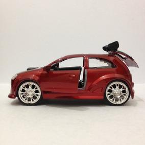 Opel Corsa - Escala 1/32