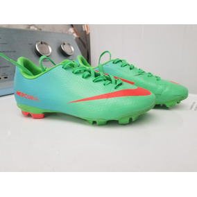1f0facefe5463 Nike Mercurial Verdes - Tacos y Tenis Césped natural Nike