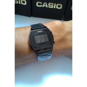 aa41b406c1d Relógio Casio Retro Masculino Preto Digital 640w