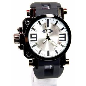 cd025c232ab Relogio Gearbox - Relógio Oakley Masculino no Mercado Livre Brasil