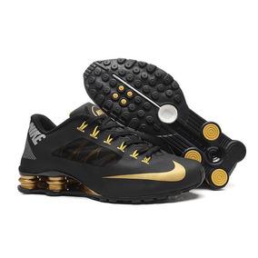 445f8b44ea1 Tenis Nike Shox Masculino Preto Dourado - Calçados