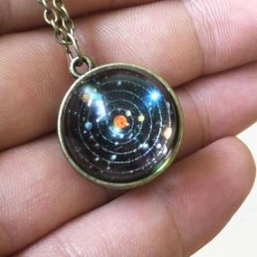 Collar Con El Sistema Solar En Su Interor En Una Esfera Ofer