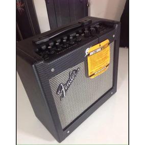 Amplificador Fender Mustang 1