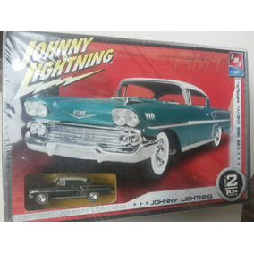 Impala 1958 Kit 1/25 + Mini 1/64 Johnny Lightning / Amt Ertl