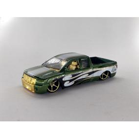 Hot Wheels Nissan Titan - Loose