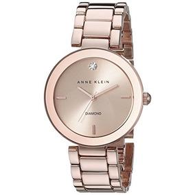 Reloj De Pulsera Con Acento En Forma De Diamante Rosa Y Dora 537ed2f30f2