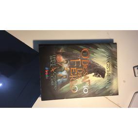 Livro #1 Magisterium - O Desafio De Ferro / Cassandra Clare